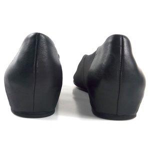 Eileen Fisher Shoes - Eileen Fisher Black Leather Grosgrain Ballet Flats